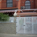 puerta aluminio residencial